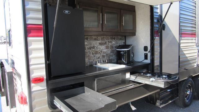 Travel Trailer With Bunkhouse And Outdoor Kitchen