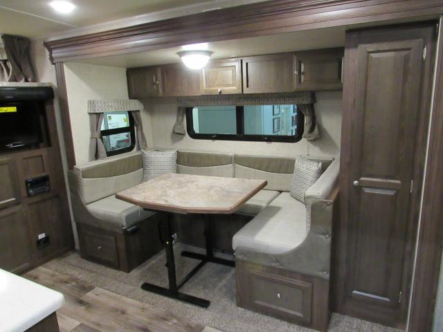 Lite Weight Travel Trailers With Bunks