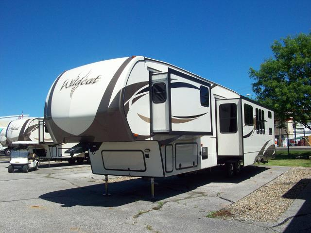 New 2017 Wildcat 363rb Fifth Wheel Bunkhouse With 2 Bath And