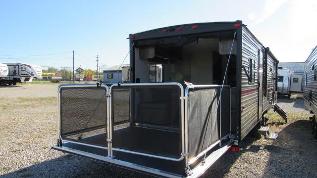 New 2019 Cherokee Grey Wolf 27rr Toy Hauler With Separate