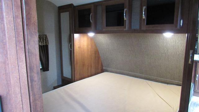 Used 2017 Keystone Passport 24bh Bunkhouse With Outside