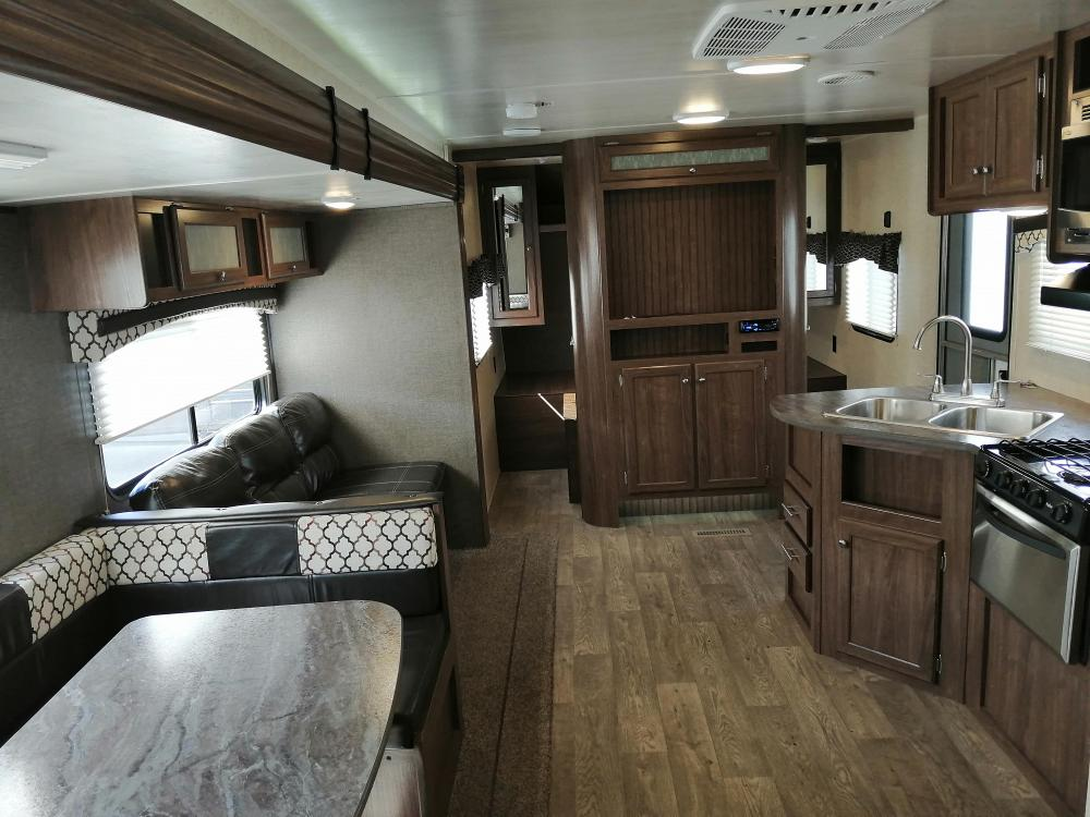 SOLD Used 2018 Heartland Prowler Lynx 30LX Travel Trailer ...