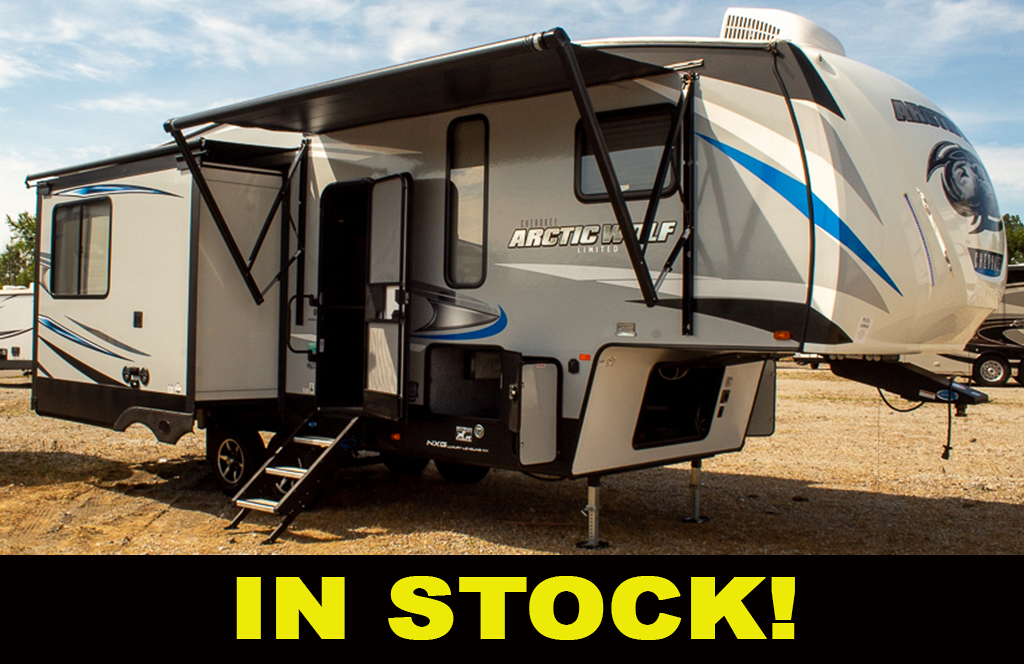Used 2020 Cherokee Arctic Wolf 285DRL4 5th Wheel with Rear Living Room